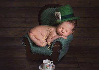 Mad Hatter inspired newborn shoot - Alice in Wonderland