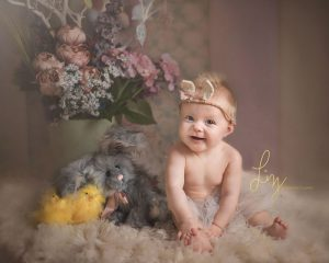Baby photographer sitter sessions older baby photos in Essex