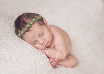 Essex Newborn Photographer - timeless classic baby photography