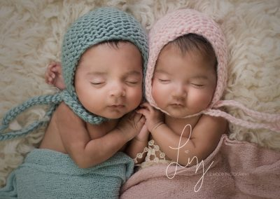 Twins-girl-and-boy-newborn-Ipswich-Suffolk-baby-photographer