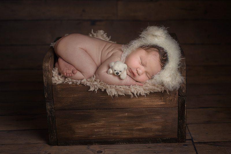 Essex baby photographer - specialist Essex newborn photographer