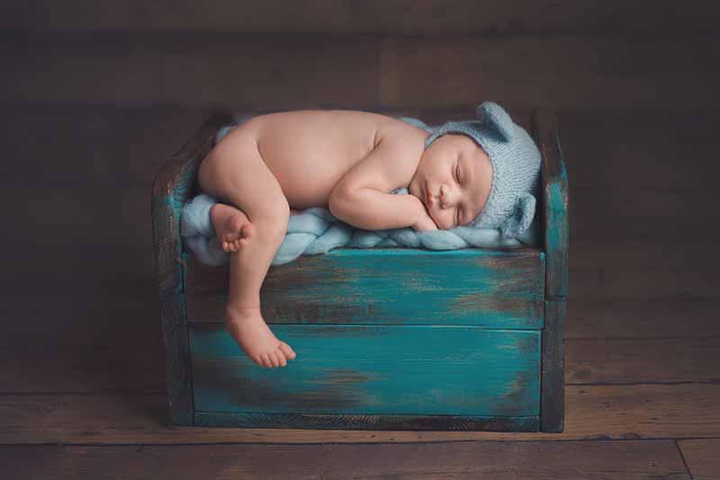 Newborn baby photographer in Essex