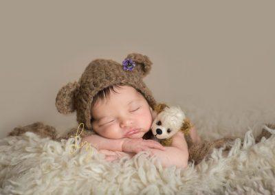 Specialist-newborn-photographer-in-Suffolk