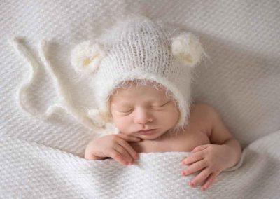 Professional newborn photographer Essex