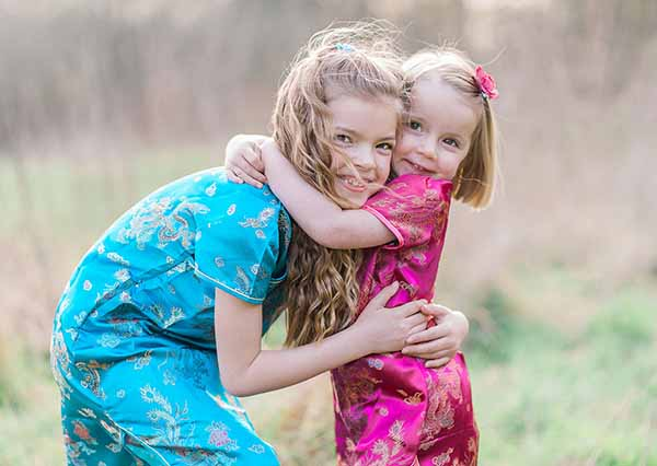Beautiful light airy outdoor children's photography in Essex