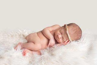 Simple sweet beautiful newborn photography Essex Ne