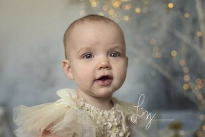 Christmas photoshoots in Essex and Suffolk - fine art mini photoshoots of your children